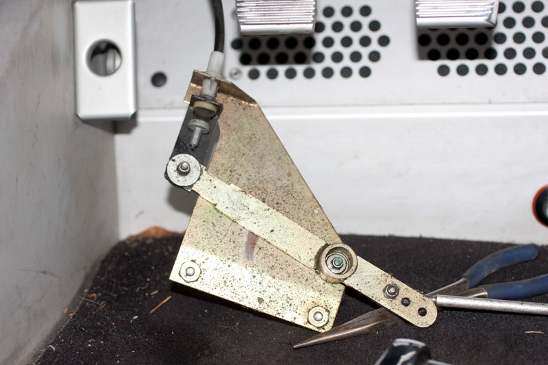 Throttle Linkage unbolted