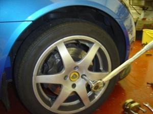 36 Torque Wheel Bolts.JPG