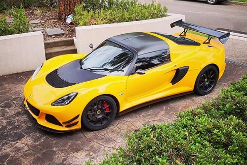 Alias23 lotus exige cup380 wing.jpg